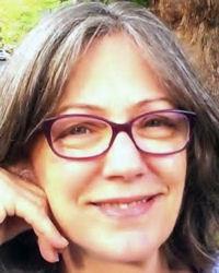 Ms Mariana Trapera