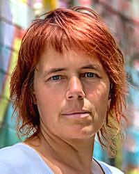 Ms Christine Weber