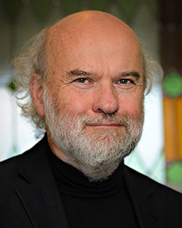 Dr Peter Gunn